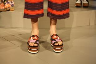 Zapatos con estilo oriental