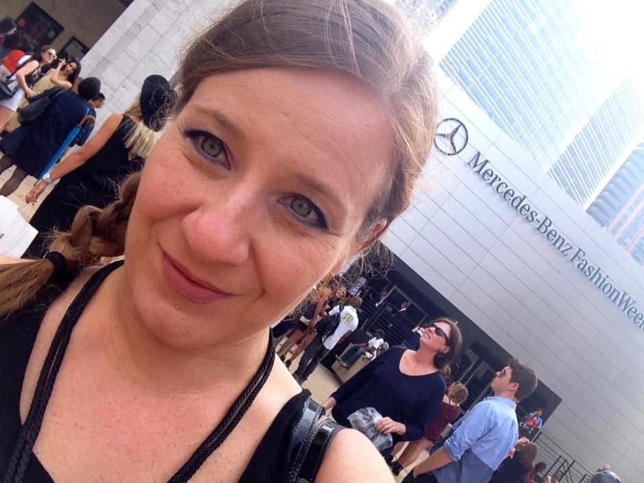 Y aquí en la New York Fashion Week Primavera Verano 2015, que se realizó en septiembre, como bloguera independiente.
