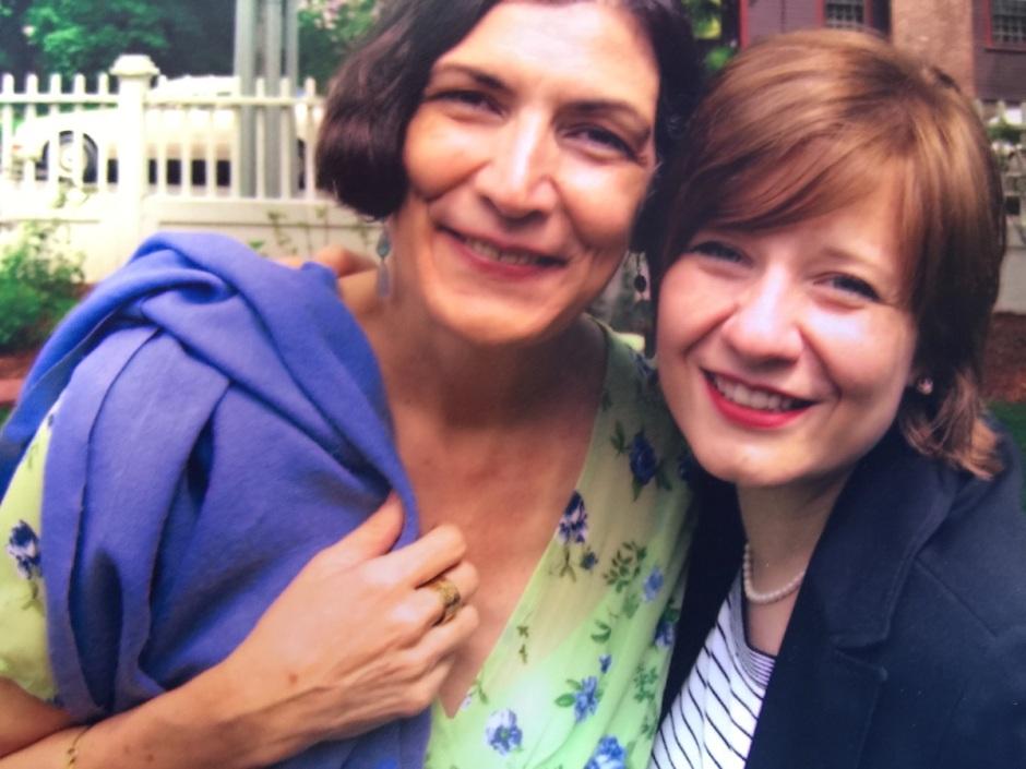 Foto con Alma Guillermoprieto tomada el día de nuestra graduación de la Nieman Fellowship.